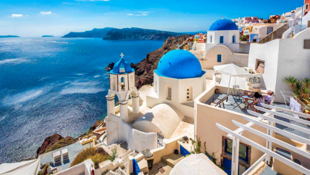 The Best Things You Must See and Do in Greece